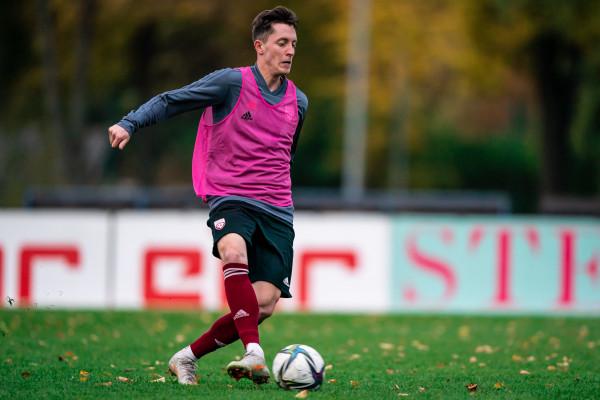 """""""Riga"""" futbolisti aizvadīs Pasaules kausa kvalifikācijas spēles"""
