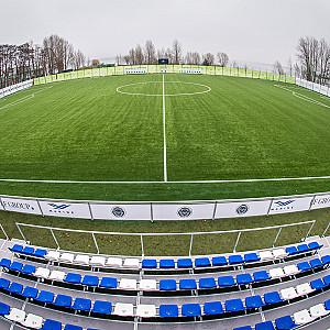"""Kompānija BSG ekskluzīvi čempionei """"Riga"""" Mežaparkā noslēgusi stadiona būvniecību"""